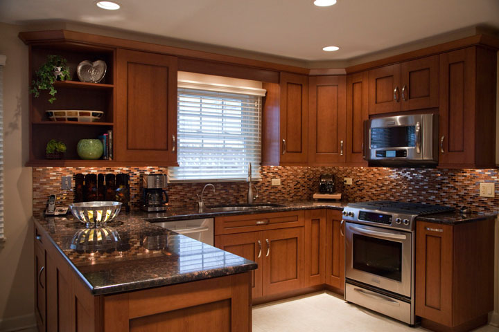 Transitional U-shape kitchen Wilmette, IL