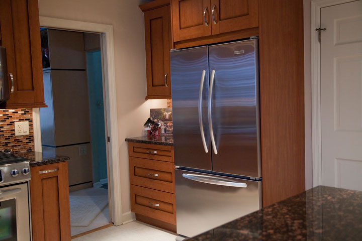 Shallow depth refrigerator with built-in look, Wilmette, IL