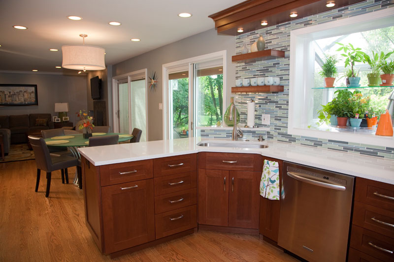 Kitchen design with peninsula, corner sink and floating shelves, Northbrook, IL
