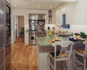 Small White kitchen in Wilmette IL