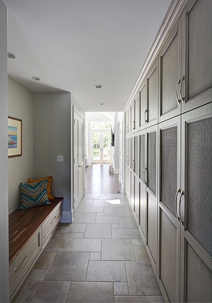 painted-warm-grey-mudroom-in-winnetka-1